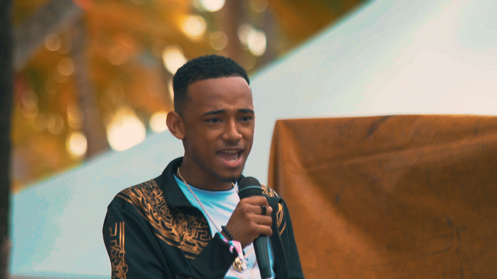 Often compared to John Legend, 'Tyrel Anthony Ross' drops new single 'Holiday'