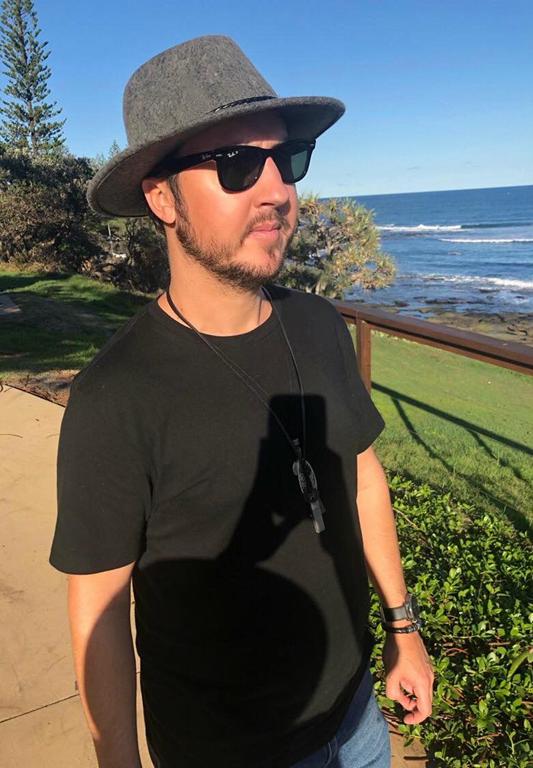 ROCK SPOTLIGHT: Interview with Australian Rock artist 'Mattytwohats'